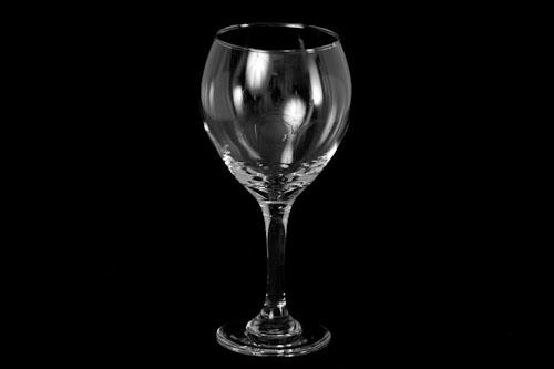 Where to find Tear Drop Wine Glass 10oz in Corvallis