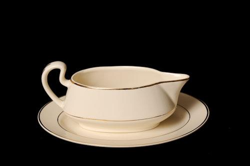 Where to find Gravy Boat - w  platter Ivory China in Corvallis